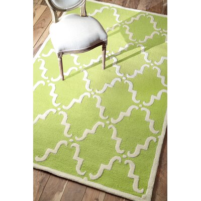 Divina Hand Tufted Green Area Rug Rug Size: Rectangle 76 x 96