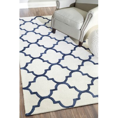 Hacienda Sharon Hand-Hooked Navy Area Rug Rug Size: Rectangle 76 x 96