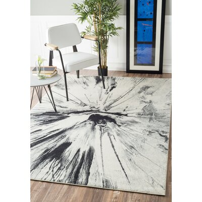 Susan Gray Area Rug Rug Size: Rectangle 5 x 75