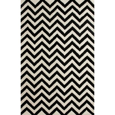 Magnifique Chevron Black Area Rug Rug Size: 76 x 96