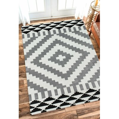 Cine Goa Area Rug Rug Size: Rectangle 76 x 96