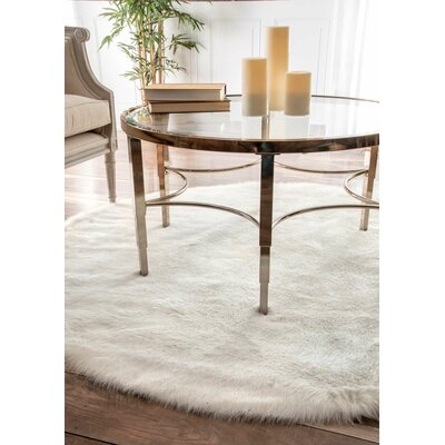 Empire Off-White Area Rug Size: Round 5