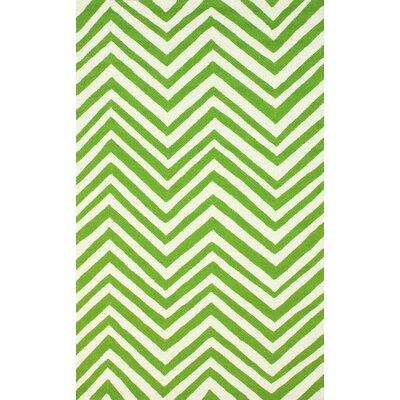 Veranda Green Chevron Area Rug Rug Size: 5 x 8