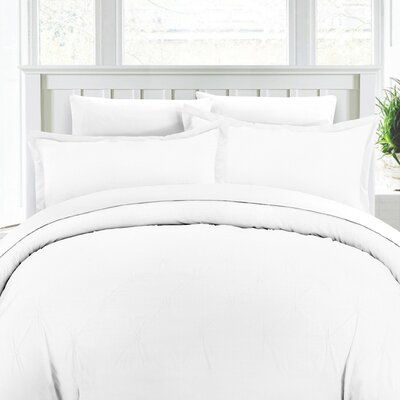 Duvet Cover Set Color: White, Size: Full/Queen