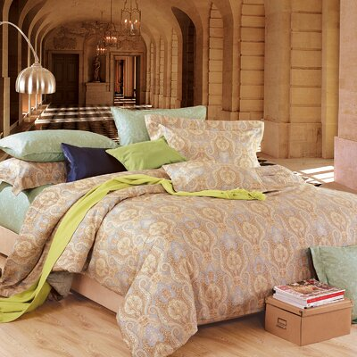 Utopia 4 Piece Duvet Cover Set Size: Queen