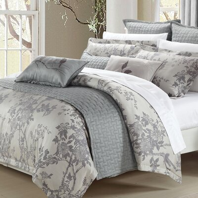 Magnolia Coverlet Size: King