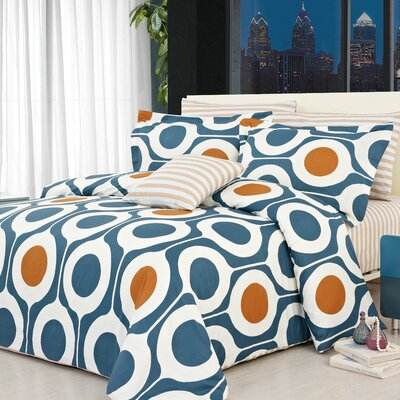 Leeds 3 Piece Reversible Duvet Cover Set Size: Queen