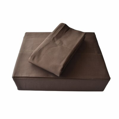 Isabelle Solid Bed Skirt Size: Queen, Color: Chocolate
