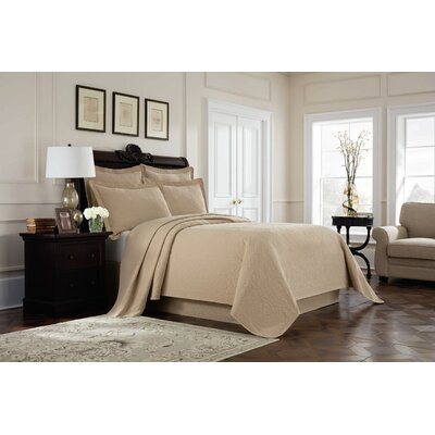 Williamsburg Richmond Coverlet Color: Linen, Size: Queen
