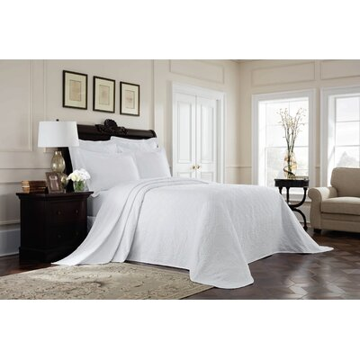 Williamsburg Richmond Bedspread Color: White, Size: Queen