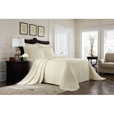 Williamsburg Richmond Bedspread Color: Ivory, Size: Full