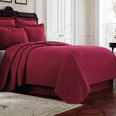 Williamsburg Richmond Bedspread Color: Red, Size: King