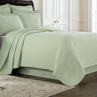Williamsburg Richmond Coverlet Color: Green, Size: Queen