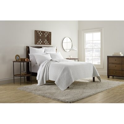 Kennedy Quilt Size: King, Color: White