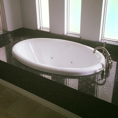 58 x 39 Air / Whirlpool Bathtubub Finish: White, Drain Location: Right