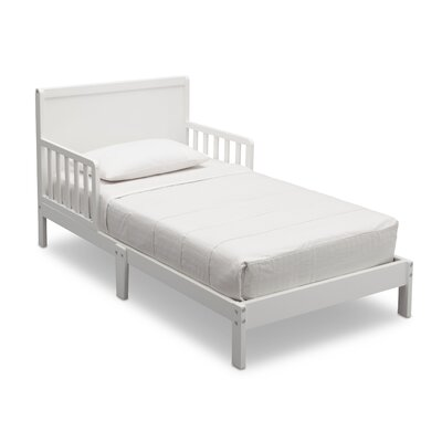 Fabio Toddler Bed Color: Bianca