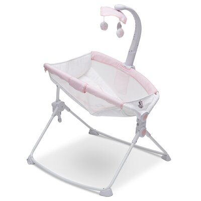 Disney Minnie Mouse Deluxe 3-in-1 Activity Bassinet 27404_942