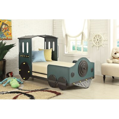 Edenburg Twin Car Bed Color: Green