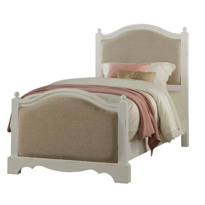 Asbury Panel Bed Size: Twin