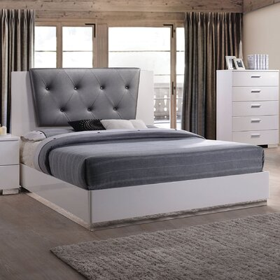 Kelley Tufted Upholstered Panel Bed Size: Eastern King