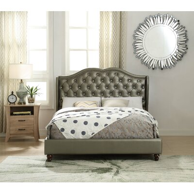 Baypoint Queen Upholstered Platform Bed
