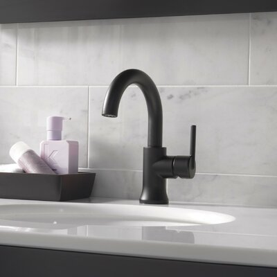 Single Hole Single Handle Bathroom Faucet with Diamond Seal Technology