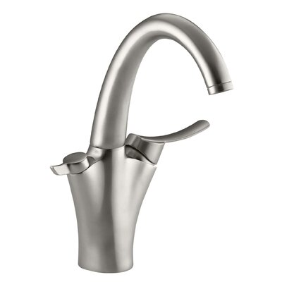 Carafe Filtered Water Kitchen Sink Faucet Finish: Vibrant Stainless