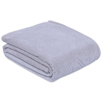 Dainty Diamond Blanket Size: King
