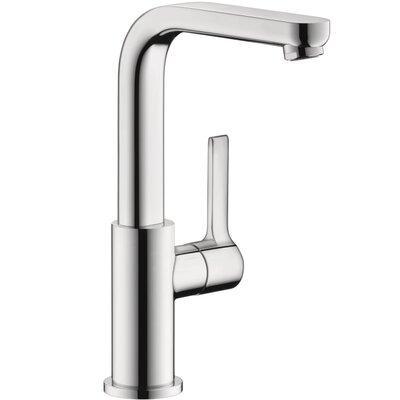 Metris S Single Handle Deck Mounted Kitchen Faucet Finish: Chrome