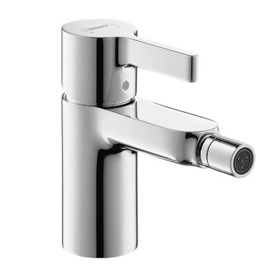 Metris S Single Handle Horizontal Spray Bidet Faucet Finish: Chrome