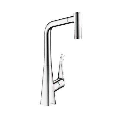 Metris Single Handle Kitchen Faucet Finish: Chrome