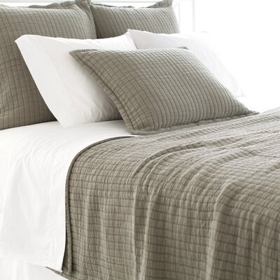 Boyfriend Matelasse Coverlet Size: Twin, Color: Vetiver