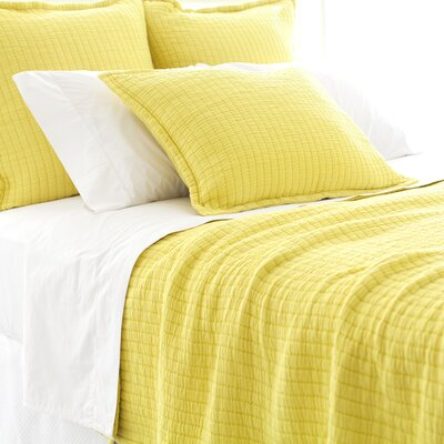 Boyfriend Matelasse Coverlet Size: Twin, Color: Citrus