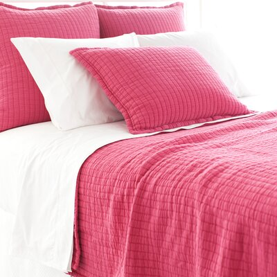Boyfriend Matelasse Coverlet Size: Queen, Color: Fuchsia