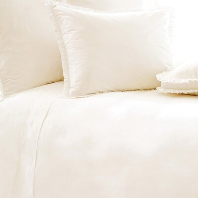 Classic Ruffle 200 Thread Count  Duvet Cover Size: King, Color: Ivory