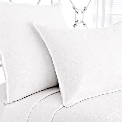 Elizabeth Matelasse Coverlet Size: Queen, Color: White