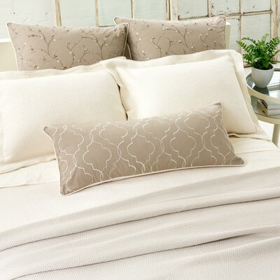 Interlaken Matelasse Coverlet Size: King, Color: Ivory