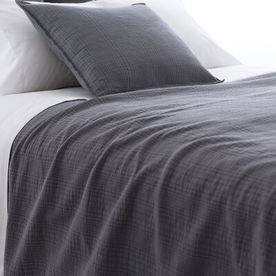 Kelly Matelasse Coverlet Size: Twin, Color: Shale