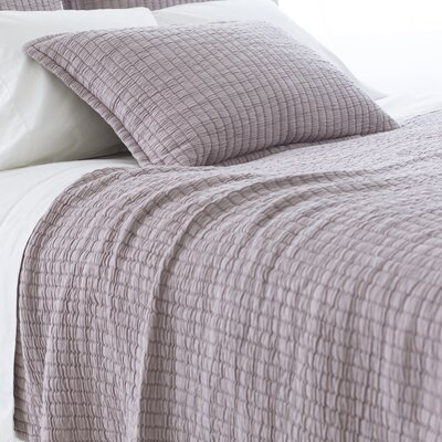 Boyfriend Matelasse Coverlet Size: King, Color: Gray