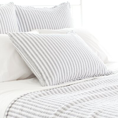 Town and Country Matelasse Sham Size: Standard