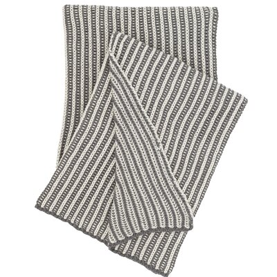 Cozy Knit Cotton Throw Color: Shale