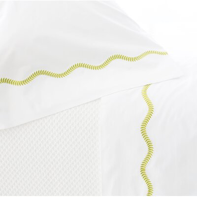 Petite Vine Pillowcase Size: Standard, Color: Green