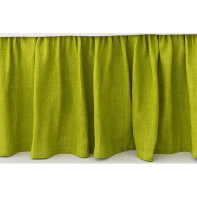 Stone Washed Paneled Bed Skirt Size: King, Color: Green