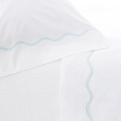 Petite Vine Pillow Case Size: Standard, Color: Sky