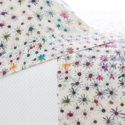 Wallflower Pillow Case Size: Standard
