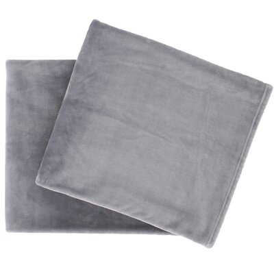 Selke Fleece Throw Blanket Color: Graylac