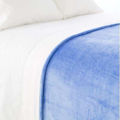 Selke Fleece Throw Blanket Size: Full/Queen, Color: French Blue