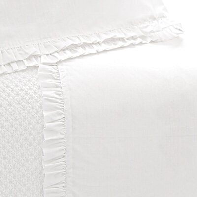 Classic Ruffle 200 Thread Count Sheet Set Size: Twin, Color: White
