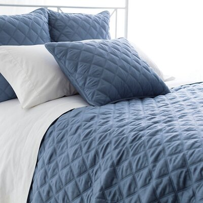 Tencel Quilted Silken Coverlet Size: Full/Queen, Color: Storm Blue