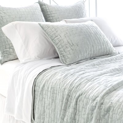Matte Velvet Quilt Size: Full / Queen, Color: Glacier